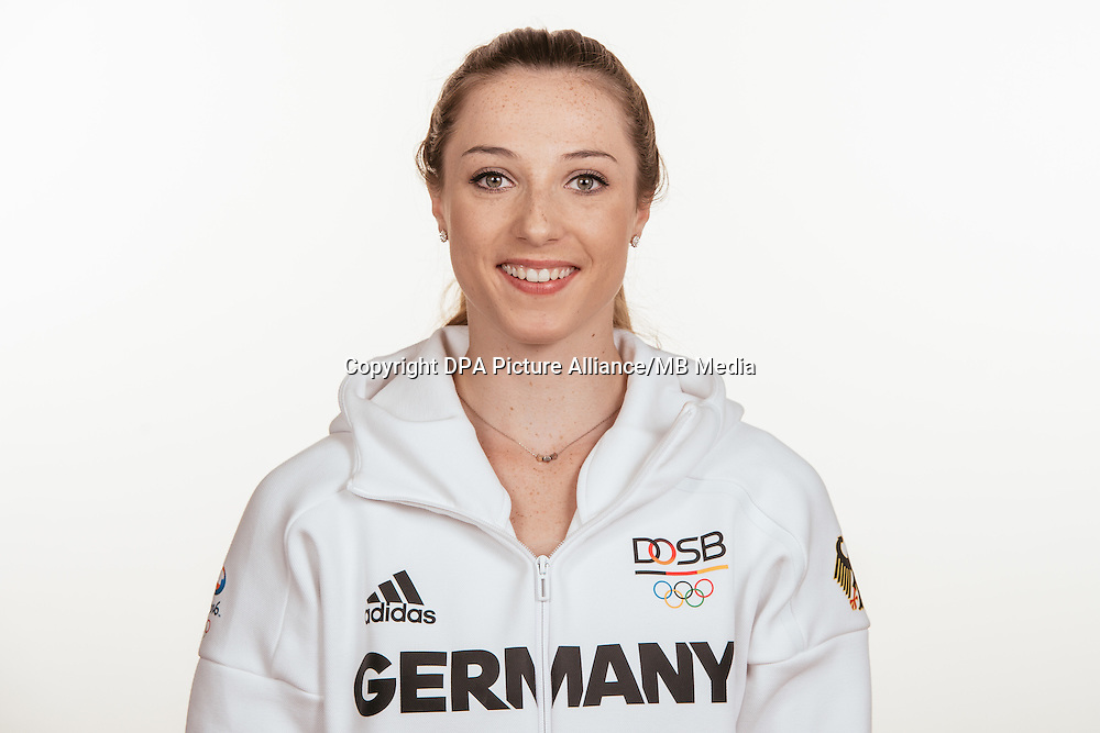 Laura Müller poses at a photocall during the preparations for the Olympic Games in Rio at the Emmich Cambrai Barracks in Hanover, Germany, taken on 15/07/16 | usage worldwide
