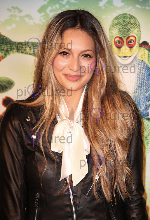 Zara Martin Cirque Du Soleil Totem Press Night Premiere, Royal Albert Hall, London, UK, 05 January 2011:  Contact: Ian@Piqtured.com +44(0)791 626 2580 (Picture by Richard Goldschmidt)