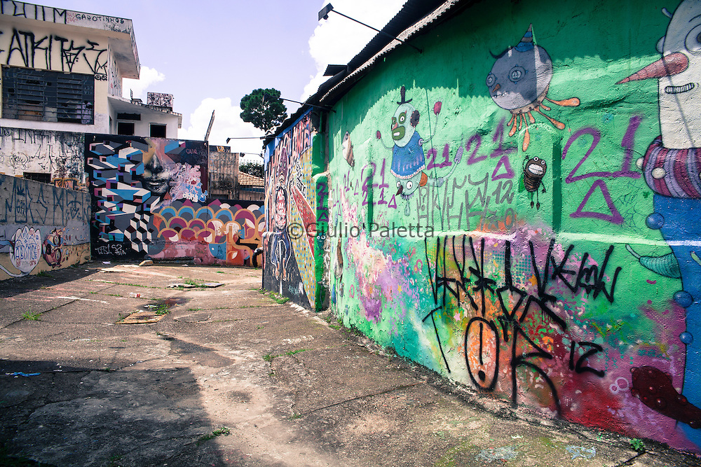Brazil: Sao Paulo in art. Graffiti, murales and all the street art of the economic capital of Brazil