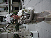 Isabella Blow,  Tamara de Lempicka private view, Royal academy. London. 11 May 2004. SUPPLIED FOR ONE-TIME USE ONLY> DO NOT ARCHIVE. © Copyright Photograph by Dafydd Jones 66 Stockwell Park Rd. London SW9 0DA Tel 020 7733 0108 www.dafjones.com