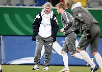 Fotball, 10. februar 2009 ,Trening foran privat-kampen mellom Norge og Tyskland<br /> Egil Olsen , Drillo trener Norge , Foran Tom Høgli