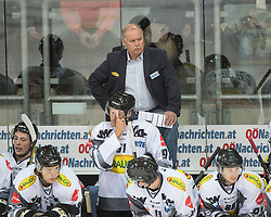 23.09.2016, Keine Sorgen Eisarena, Linz, AUT, EBEL, EHC Liwest Black Wings Linz vs Dornbirner Eishockey Club, 3. Runde, im Bild Head Coach Dave MacQueen (Dornbirner Eishockey Club) // during the Erste Bank Icehockey League 3rd round match between EHC Liwest Black Wings Linz and Dornbirner Eishockey Club at the Keine Sorgen Icearena, Linz, Austria on 2016/09/23. EXPA Pictures © 2016, PhotoCredit: EXPA/ Reinhard Eisenbauer