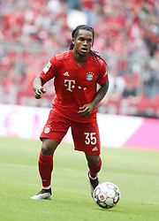 18.05.2019, Allianz Arena, Muenchen, GER, 1. FBL, FC Bayern Muenchen vs Eintracht Frankfurt, 34. Runde, Meisterfeier nach Spielende, im Bild Renato Sanches // during the celebration after winning the championship of German Bundesliga season 2018/2019. Allianz Arena in Munich, Germany on 2019/05/18. EXPA Pictures © 2019, PhotoCredit: EXPA/ SM<br /> <br /> *****ATTENTION - OUT of GER*****