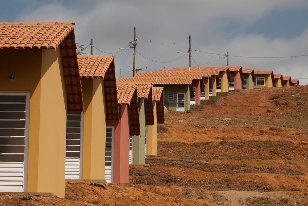 Sem Peixe_MG, Brasil...Conjunto habitacional em Sem Peixe, Minas Gerais...Housing state in Sem Peixe, Minas Gerais...Foto: LEO DRUMOND / NITRO