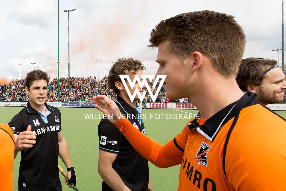 Eindhoven - OZ - HGC Heren, Hoofdklasse Hockey Heren, Seizoen 2015-2016, 30-04-2016, OZ - HGC, Gonzalo Peillat en Bram Huijbregts.
