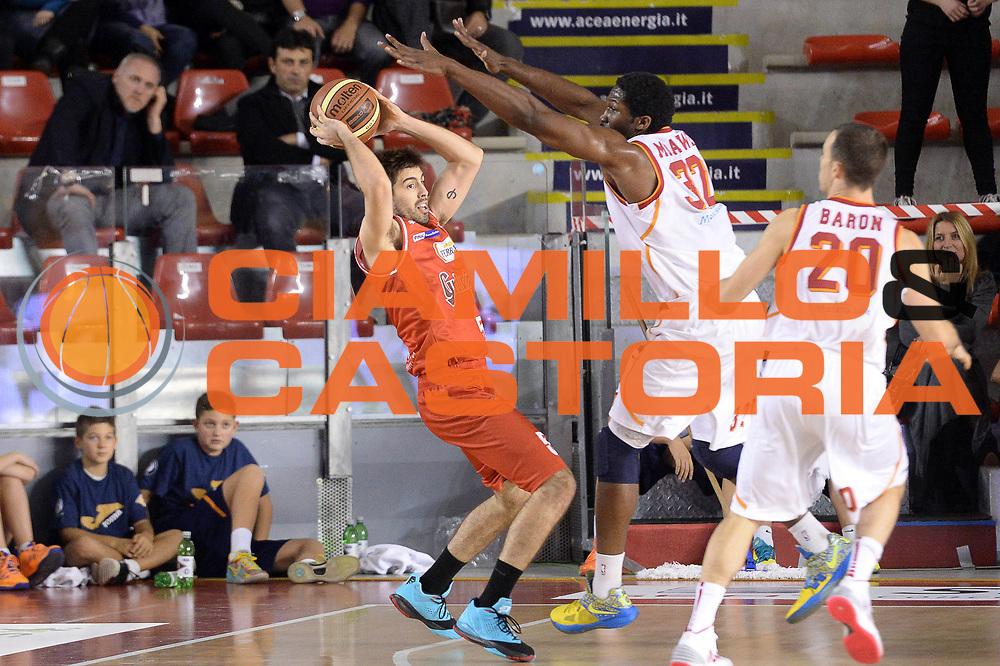 DESCRIZIONE : Roma Lega serie A 2013/14 Acea Virtus Roma Grissin Bon Reggio Emilia<br /> GIOCATORE : Ariel Filloy<br /> CATEGORIA : Controcampo Equilibrio<br /> SQUADRA : Grissin Bon Reggio Emilia<br /> EVENTO : Campionato Lega Serie A 2013-2014<br /> GARA : Acea Virtus Roma Grissin Bon Reggio Emilia<br /> DATA : 22/12/2013<br /> SPORT : Pallacanestro<br /> AUTORE : Agenzia Ciamillo-Castoria/GiulioCiamillo<br /> Galleria : Lega Seria A 2013-2014<br /> Fotonotizia : Siena Lega serie A 2013/14 Acea Virtus Roma Grissin Bon Reggio Emilia<br /> Predefinita :