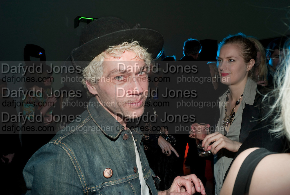 TIM NOBLE, TODÕS Art Plus Drama Party 2011. Whitechapel GalleryÕs annual fundraising party in partnership  with TODÕS and supported by HarperÕs Bazaar. Whitechapel Gallery. London. 24 March 2011. -DO NOT ARCHIVE-© Copyright Photograph by Dafydd Jones. 248 Clapham Rd. London SW9 0PZ. Tel 0207 820 0771. www.dafjones.com.<br /> TIM NOBLE, TOD'S Art Plus Drama Party 2011. Whitechapel Gallery's annual fundraising party in partnership  with TOD'S and supported by Harper's Bazaar. Whitechapel Gallery. London. 24 March 2011. -DO NOT ARCHIVE-© Copyright Photograph by Dafydd Jones. 248 Clapham Rd. London SW9 0PZ. Tel 0207 820 0771. www.dafjones.com.