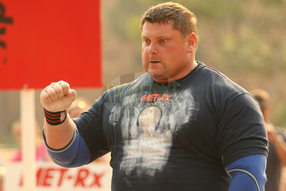 Defending champion Zydrunas Savickas (Lithuania) celebrates a good performance in the overhead log-lift during the final rounds of the World's Strongest Man competition held in Sun City, South Africa.