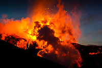 Eldgosið á Fimmvörðuhálsi 30. mars 2010. Gosið hófst aðfaranótt 21. mars 2010. Gosið er norðarlega í Fimmvörðuhálsi, rétt austan við Eyjafjallajökul. Gos þetta flokkast sem hraungos. ..Volcanic eruption at Fimmvorduhals 30th of March 2010. The eruption started 21st of March. It's located in the northen part of Fimmvorduhals, east of Glacier Eyjafjallajokull.