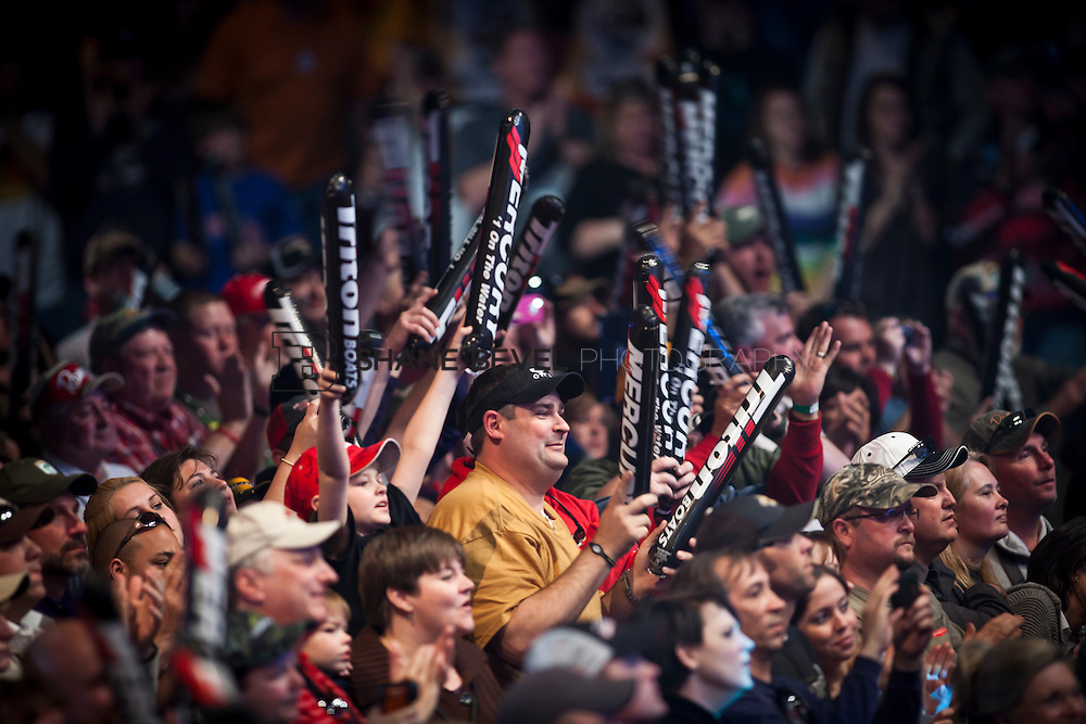 2/26/12 6:07:54 PM -- during the 2012 Bassmaster Classic on the Red River in Shreveport, La. ..Photo by Shane Bevel. Fans cheer at the final weigh in.