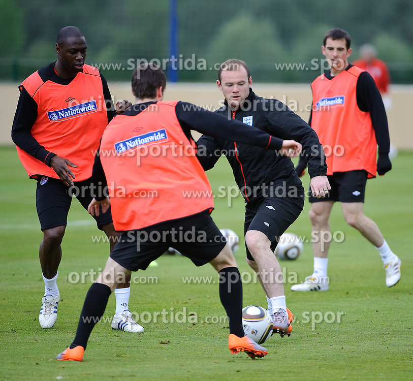 19.05.2010, Arena, Irdning, AUT, FIFA Worldcup Vorbereitung, Training England, im Bild Wayne Rooney, EXPA Pictures © 2010, PhotoCredit: EXPA/ S. Zangrando / SPORTIDA PHOTO AGENCY