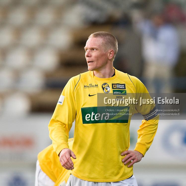 Jani Hartikainen. Haka - KuPS. Veikkausliiga 5.5.2008. Valkeakoski. Photo: Jussi Eskola
