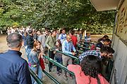 DESCRIZIONE : Supercoppa 2015 Semifinale Dinamo Banco di Sardegna Sassari - Grissin Bon Reggio Emilia<br /> GIOCATORE : Tifosi Pubblico Spettatori<br /> CATEGORIA : Tifosi Pubblico Spettatori Biglietteria Fila<br /> EVENTO : Supercoppa 2015<br /> GARA : Dinamo Banco di Sardegna Sassari - Grissin Bon Reggio Emilia<br /> DATA : 26/09/2015<br /> SPORT : Pallacanestro <br /> AUTORE : Agenzia Ciamillo-Castoria/L.Canu