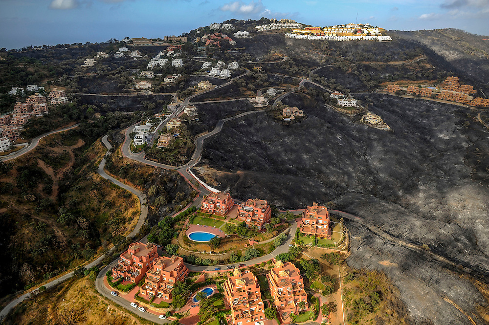 Aerial general view of the fire in Coín, near Malaga, on september 01, 2012. AFP PHOTO/Pedro ARMESTRE