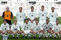 FOTBALL - CONFEDERATIONS CUP 2003 - GROUP A - 030618 - NEW ZEALAND v JAPAN - TEAM NEW ZEALAND ( BACK ROW LEFT TO RIGHT: MIKE UTTING / MARK BURTON / RYAN NELSEN / VAUGHAN COVENY / SIMON ELLIOTT . FRONT ROW: AARAN LINES / GERARD DAVIS / IVAN VICELICH / CHRIS KILLEN / DUNCAN OUGHTON / CHRIS ZORICICH ) - PHOTO STEPHANE MANTEY / DIGITALSPORT