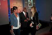 SASKIA BOXFORD; TREVOR MACDONALD; MARISSA MONTGOMERY, The Veuve Clicquot Business Woman Of The Year Award, The Saatchi Gallery. Sloane Square. London. 28 April 2009