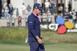October 22, 2017 - Seogwipo, Jeju Island, South Korea - October 22, 2017-Seogwipo, Jeju Island, South Korea-Justin Thomas of USA going to hole after approach putt on the 18th green during an PGA TOUR CJ CUP NINE BRIDGE FINAL at Nine Bridge CC in Jeju Island, South Korea. (Credit Image: © Ryu Seung Il via ZUMA Wire)