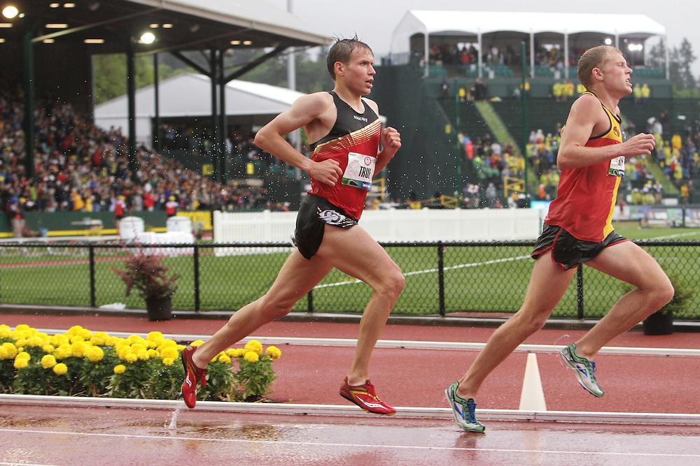 Olympic Trials Eugene 2012: men's 10,000 meter final, Jacob Riley leads Ben True