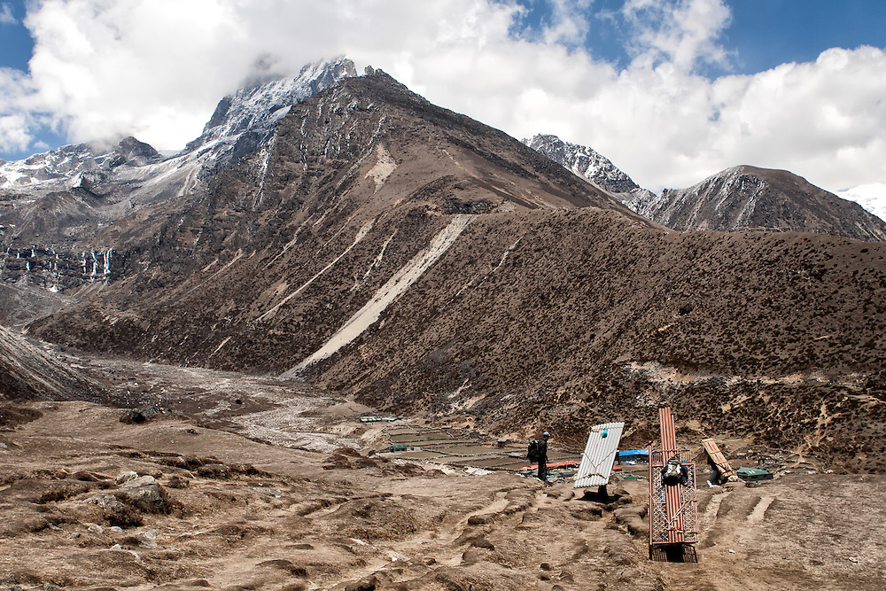 NEPAL, Everest Region, Lambara. May 7th, 2012. Trek to Machhermo.