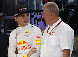 October 21, 2017 - Austin, United States of America - Motorsports: FIA Formula One World Championship 2017, Grand Prix of United States, .#33 Max Verstappen (NLD, Red Bull Racing), Dr. Helmut Marko (AUT, Red Bull Racing) (Credit Image: © Hoch Zwei via ZUMA Wire)