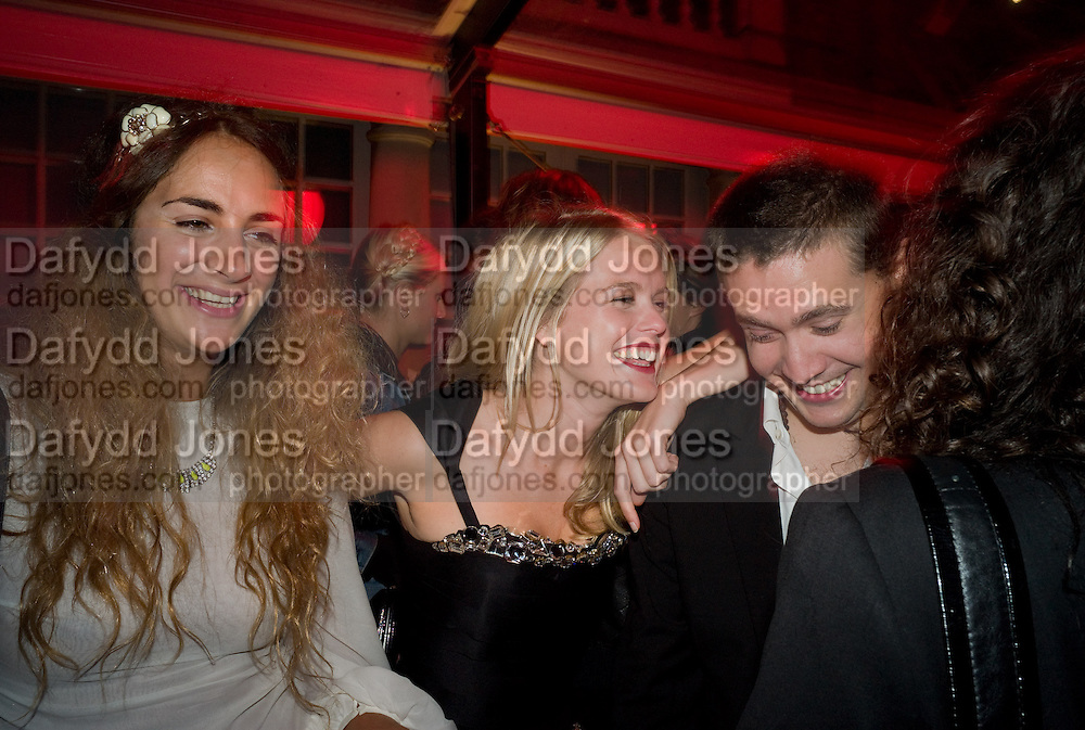 ALEXIA NIEDZIELSKI;  ALICE EVE; ADAM WAYMOUTH, The Summer Party. Hosted by the Serpentine Gallery and CCC Moscow. Serpentine Gallery Pavilion designed by Frank Gehry. Kensington Gdns. London. 9 September 2008.  *** Local Caption *** -DO NOT ARCHIVE-© Copyright Photograph by Dafydd Jones. 248 Clapham Rd. London SW9 0PZ. Tel 0207 820 0771. www.dafjones.com.