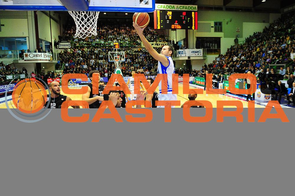 DESCRIZIONE : SASSARI LEGA A 2011-12 DINAMO SASSARI - OTTO JUVE CASERTA<br /> GIOCATORE : MAURO PINTON<br /> SQUADRA :DINAMO SASSARI - OTTO JUVE CASERTA<br /> EVENTO : CAMPIONATO LEGA A 2011-2012 <br /> GARA : DINAMO SASSARI - OTTO JUVE CASERTA<br /> DATA : 15/01/2012<br /> CATEGORIA : TIRO<br /> SPORT : Pallacanestro <br /> AUTORE : Agenzia Ciamillo-Castoria/M.Turrini<br /> Galleria : Lega Basket A 2011-2012  <br /> Fotonotizia : SASSARI LEGA A 2011-12 DINAMO SASSARI - OTTO JUVE CASERTA<br /> Predefinita :