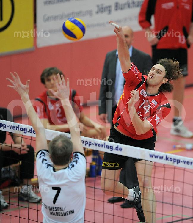 Volleyball  1. Bundesliga  2008/200909.03.2009 ENBW TV Rottenburg  - TSV Giesen/Hildesheim Stefan Schneider (re, TV R) gegen Alexander Schnipkowei (Giesen)