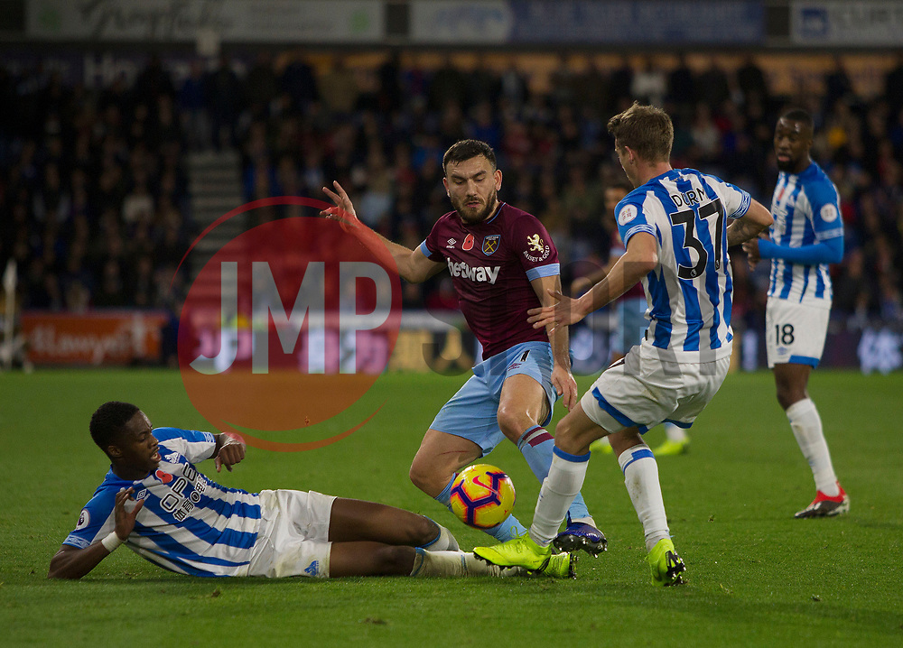 Robert Snodgrass of West Ham United (C) in action against Huddersfield Town - Mandatory by-line: Jack Phillips/JMP - 10/11/2018 - FOOTBALL - The John Smith's Stadium - Huddersfield, England - Huddersfield Town v West Ham United - English Premier League