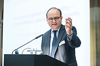 30 JUN 2017, BERLIN/GERMANY:<br /> Ottmar Edenhofer, stellvertretender Direktor und Chefoekonom am Potsdam-Institut fuer Klimafolgenforschung und Direktor des Mercator Research Institute on Global Commons and Climate Change, MCC, Conference &quot;Joining Forces in Global Climate Policy - New perspectives for Chinese-German Cooperation&quot;, European Climate Foundation, Mercator Research Institute on Global Commons and Climate Change, MCC, merics, Mercator Institute for China Studies, Berlin-Brandenburgische Akademie der Wissenschaften<br /> IMAGE: 20170630-01-085