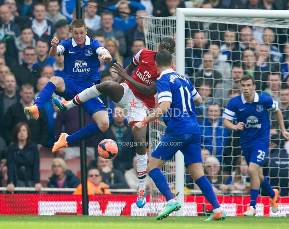 LONDON, ENGLAND - Saturday, March 8, 2014: Everton's James McCarthy in action against Arsenal during the FA Cup Quarter-Final match at the Emirates Stadium. (Pic by David Rawcliffe/Propaganda)