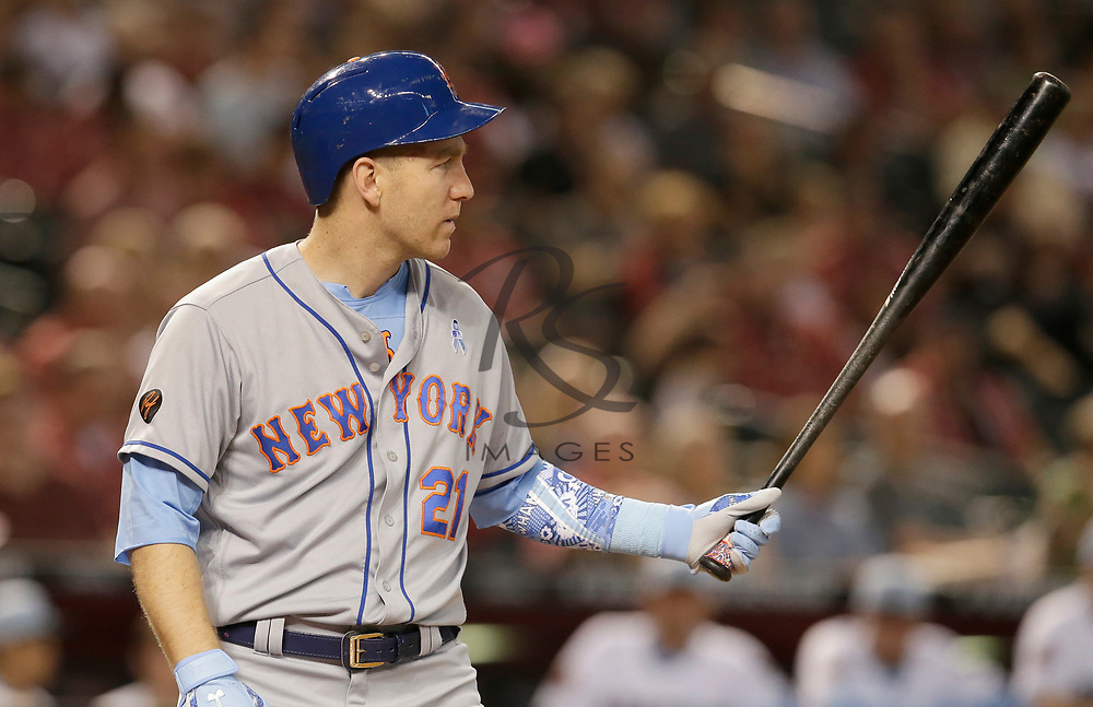 New York Mets third baseman Todd Frazier (21) in the first inning during a baseball game against the Arizona Diamondbacks, Sunday, June 17, 2018, in Phoenix. (AP Photo/Rick Scuteri)
