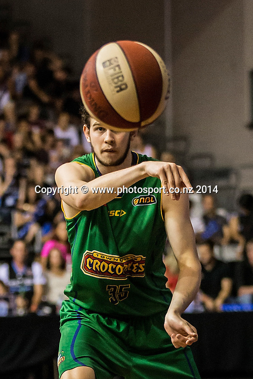 Crocodiles' Clint Steindl in the game between SkyCity Breakers v Townsville Crocodiles. 2014/15 ANBL Basketball Season. North Shore Events Centre, Auckland, New Zealand, Friday, December 19, 2014. Photo: David Rowland/Photosport