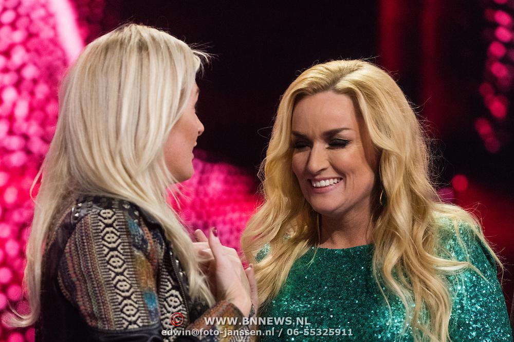 NLD/Hilversum/20180216 - Finale The voice of Holland 2018, Sanne Hans en Samantha Steenwijk