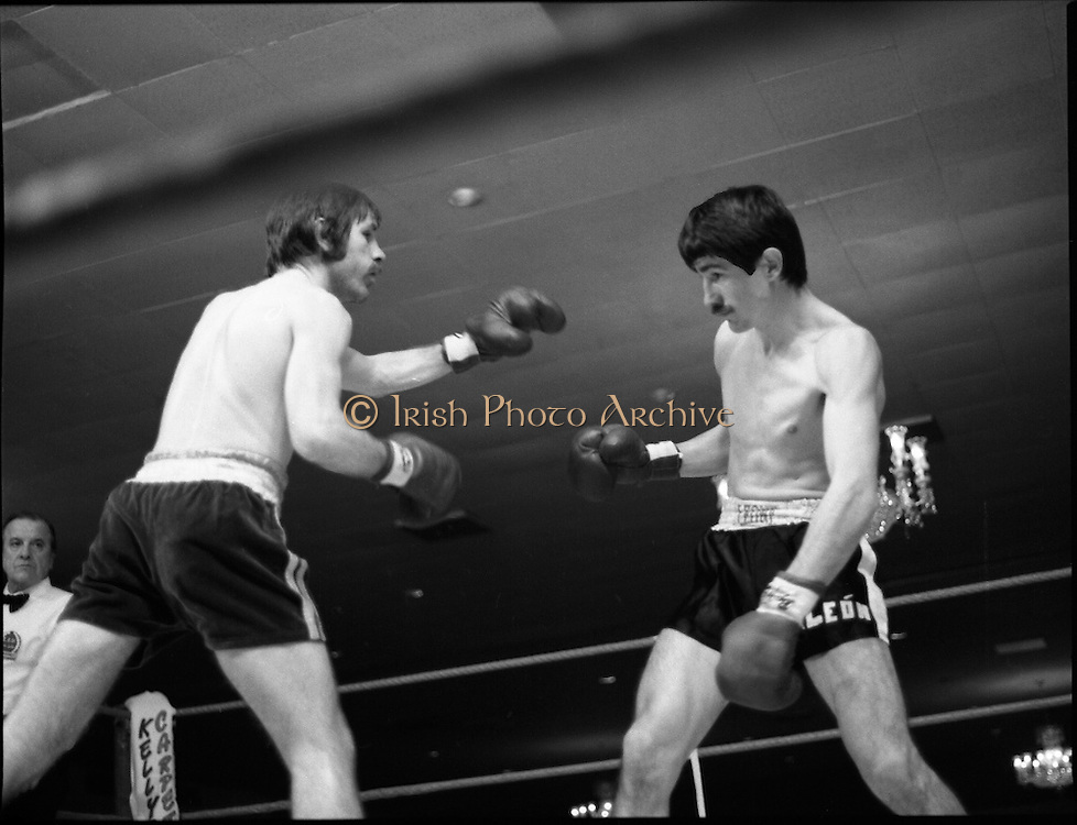 Nash vs Leon Championship Fight.    (N55)..1980..14.12.1980..12.14.1980..14th December 1980..At the Burlington Hotel, Dublin, Charlie Nash defended his European Lightweight Title when he took on Spain's Francesco Leon. .Leon (r) prepares to defend himself from a Nash left cross.