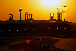03.04.2016, International Circuit, Sakhir, BHR, FIA, Formel 1, Grand Prix von Bahrain, Rennen, im Bild Low light action // during Race for the FIA Formula One Grand Prix of Bahrain at the International Circuit in Sakhir, Bahrain on 2016/04/03. EXPA Pictures © 2016, PhotoCredit: EXPA/ Sutton Images/ Martini/<br /> <br /> *****ATTENTION - for AUT, SLO, CRO, SRB, BIH, MAZ only*****