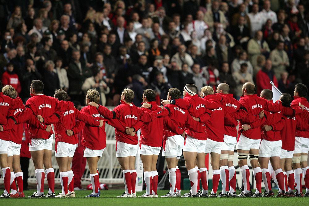 England line up for the national anthem. England v Tonga, Parc Des Princes, Paris, France, 28th Septemeber 2007. Rugby World Cup 2007.