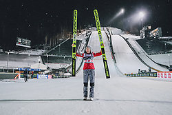 10.03.2020, Lysgards Schanze, Lillehammer, NOR, FIS Weltcup Skisprung, Raw Air, Lillehammer, Damen, Siegerehrung, im Bild Siegerin Silje Opseth (NOR) // winner Silje Opseth of Norway during the winner ceremony for the women's 2nd Stage of the Raw Air Series of FIS Ski Jumping World Cup at the Lysgards Schanze in Lillehammer, Norway on 2020/03/10. EXPA Pictures © 2020, PhotoCredit: EXPA/ Tadeusz Mieczynski