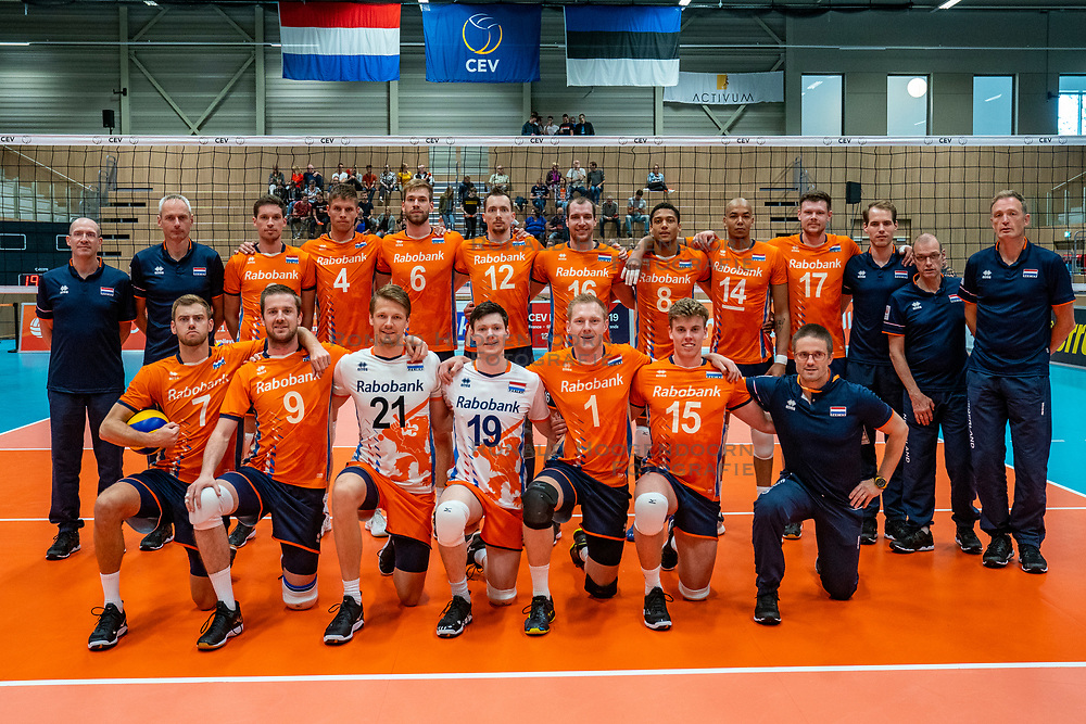 12-06-2019 NED: Golden League Netherlands - Estonia, Hoogeveen<br /> Fifth match poule B - The Netherlands win 3-0 from Estonia in the series of the group stage in the Golden European League / Team photo Netherlands