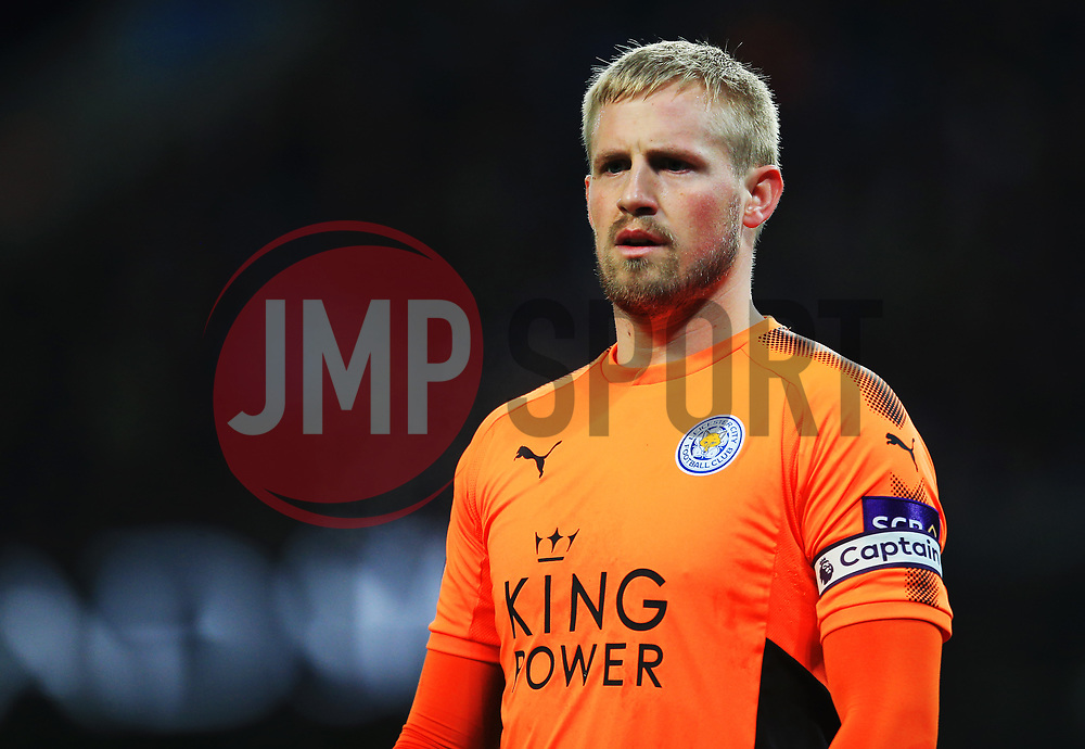 Kasper Schmeichel of Leicester City - Mandatory by-line: Matt McNulty/JMP - 10/02/2018 - FOOTBALL - Etihad Stadium - Manchester, England - Manchester City v Leicester City - Premier League