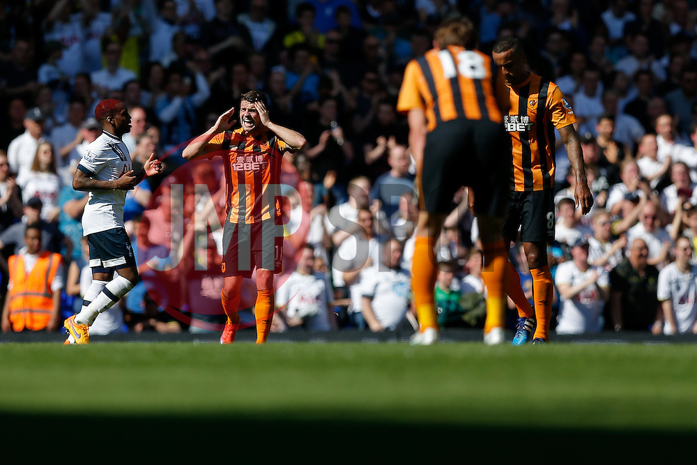 Robbie Brady of Hull City looks dejected after Tottenham Hotspur score a goal to make it 1-0 - Photo mandatory by-line: Rogan Thomson/JMP - 07966 386802 - 16/05/2015 - SPORT - FOOTBALL - London, England - White Hart Lane - Tottenham Hotspur v Hull City - Barclays Premier League.