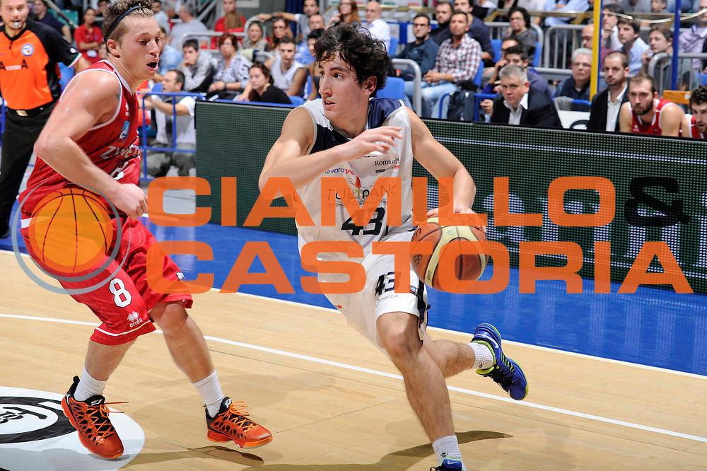 DESCRIZIONE : Bologna Campionato LNP Adecco DNB 2013-14 Tulipano Fortitudo Bologna Alessandria Basket<br /> GIOCATORE : Gherardo Sabatini<br /> CATEGORIA : palleggio<br /> SQUADRA : Tulipano Fortitudo Bologna<br /> EVENTO : Campionato DNB 2013-2014<br /> GARA : Tulipano Fortitudo Bologna Alessandria Basket<br /> DATA : 27/10/2013<br /> SPORT : Pallacanestro <br /> AUTORE : Agenzia Ciamillo-Castoria/M.Marchi<br /> Galleria : Divisione Nazionale B <br /> Fotonotizia : Bologna Campionato LNP Adecco DNB 2013-14 Tulipano Fortitudo Bologna Alessandria Basket<br /> Predefinita :