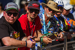 November 10, 2018 - PHOENIX, AZ - NOVEMBER 10: Fans wait for their favorite drive to sign autographs prior to the start of the NASCAR Xfinity Whelen Trusted to Perform 200 at ISM Raceway on November 10, 2018 in Phoenix, Arizona. (Credit Image: © Doug James/ZUMA Wire)