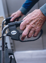 THEMENBILD - die faltige Hand eines über 90-jährigen Mann umgreift den Griff eines Rollators, aufgenommen am 12. Februar 2020 in Kaprun, Oesterreich // the wrinkled hand of an over 90-year-old man rests on the handle of his walker in Kaprun, Austria on 2020/02/12. EXPA Pictures © 2020, PhotoCredit: EXPA/Stefanie Oberhauser