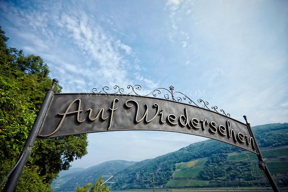 Auf Wiedersehen (Goodbye) sign,  Trechtingshausen, Germany.