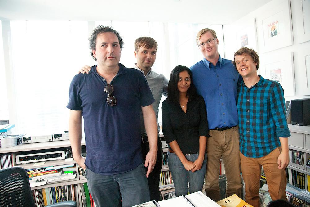 "Tom Scharpling, Benjamin Gibbard, Puloma Basu, Kurt Braunohler, Robert Hatch-Miller-  ""Teardrop Windows"" - Behind the Scenes"