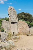 Tombe des geants de S'Ena e Thomes dans les environs de Dorgali. Sardaigne. Italie. // Dorgali. Tomba dei Giganti di S'Ena e Thomes (the Giants' Tomb). Sardinia. Italy.