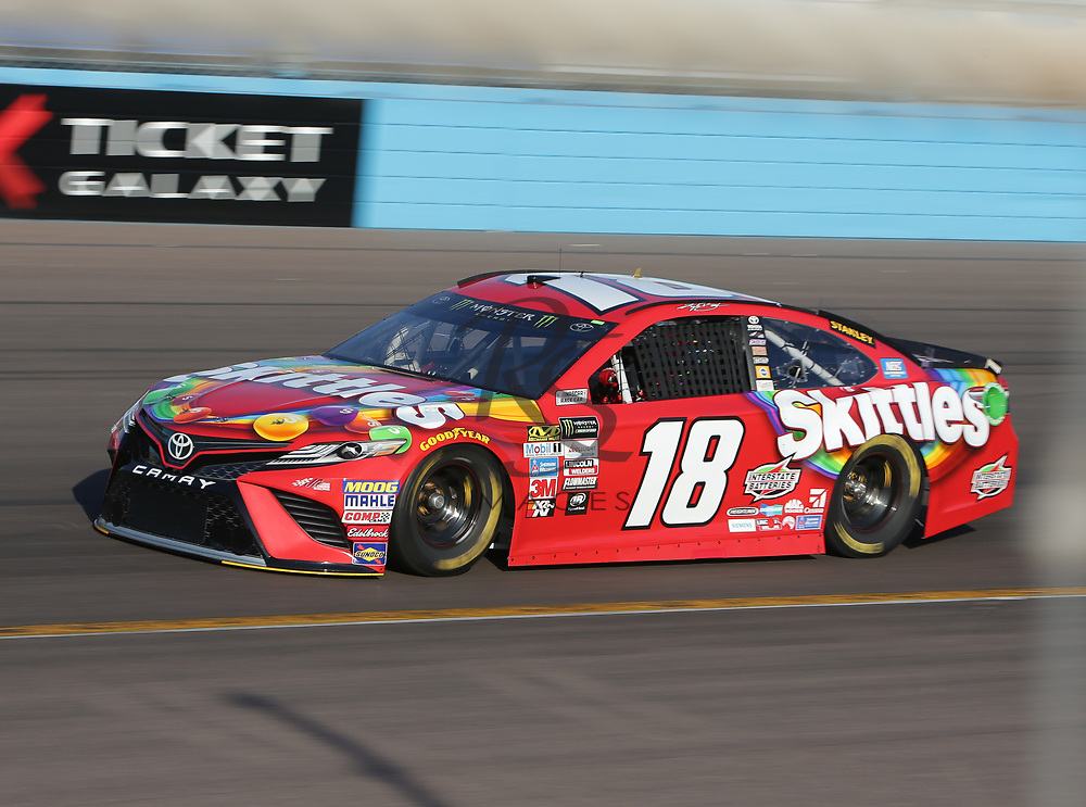 Kyle Busch qualifies for Sunday's NASCAR Cup Series auto race on Friday, March 17, 2017, in Avondale, Ariz.  (AP Photo/Rick Scuteri)