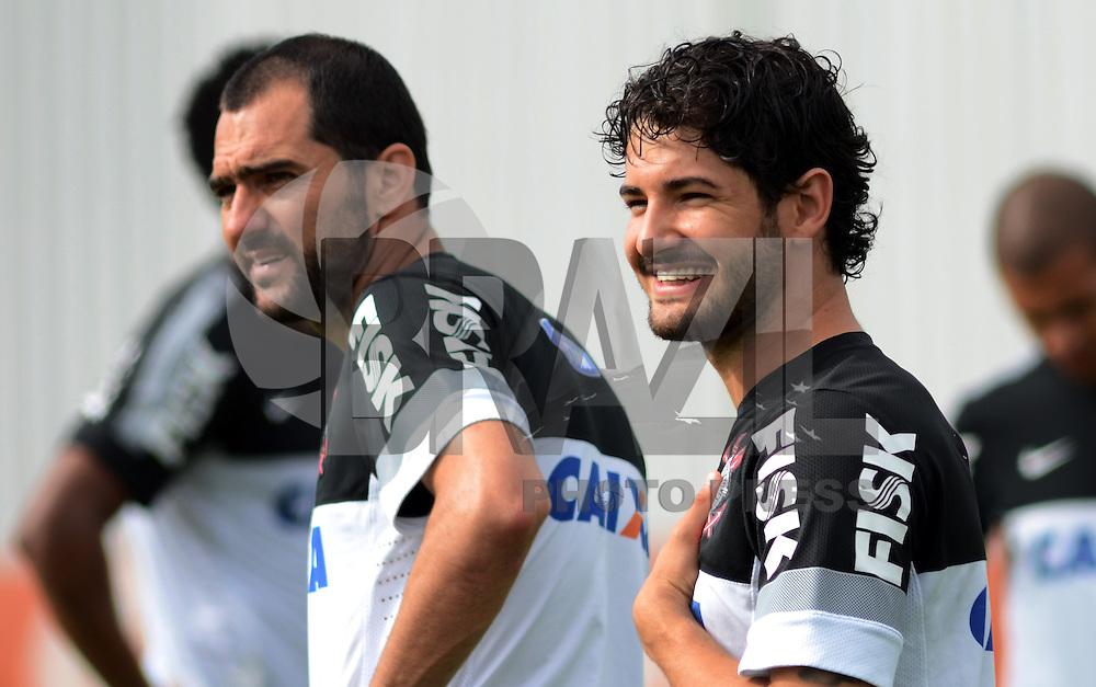 SÃO PAULO,SP, 27 Junho 2013 -  Alexandre Pato durante treino do Corinthians no CT Joaquim Grava na zona leste de Sao Paulo, onde o time se prepara  para para enfrenta o Sao Paulo pelas finais da Recopa . FOTO ALAN MORICI - BRAZIL FOTO PRESS
