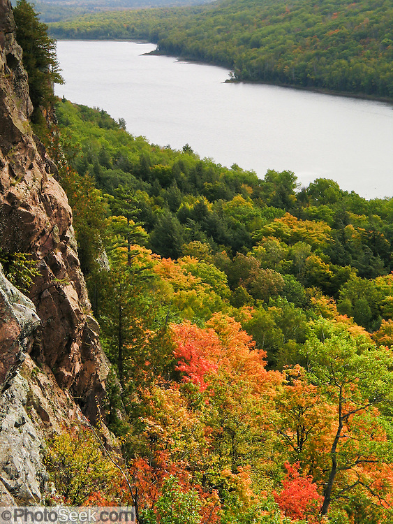 Lake of the Clouds, in Porcupine Mountains Wilderness State Park, Michigan, USA. Native Ojibwa people named the local mountains for their porcupine silhouette.