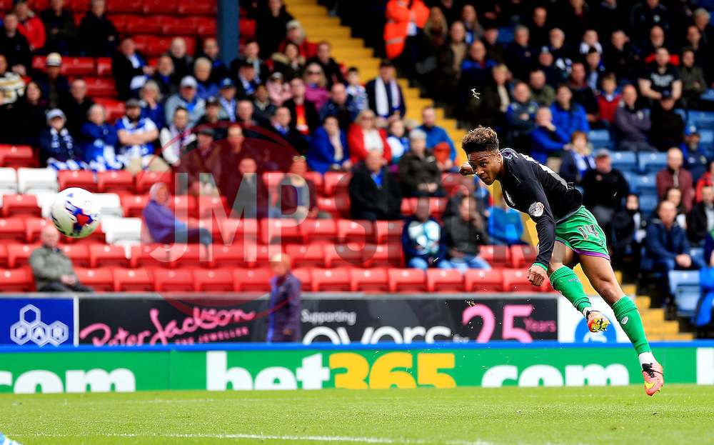 Bobby Reid of Bristol City fires a shot at goal  - Mandatory by-line: Matt McNulty/JMP - 23/04/2016 - FOOTBALL - Ewood Park - Blackburn, England - Blackburn Rovers v Bristol City - Sky Bet Championship